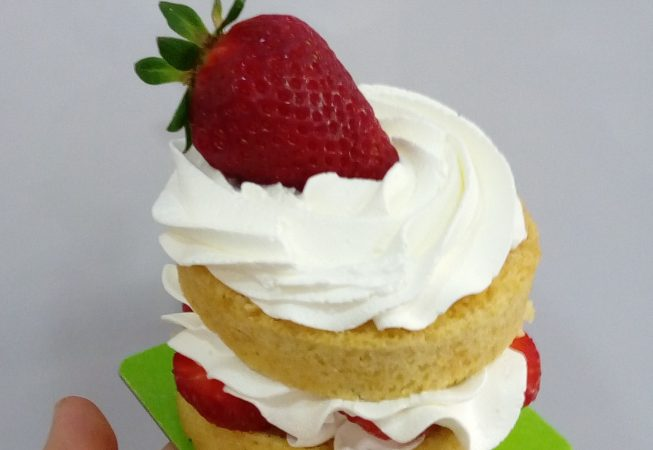 Short cake vegana amb maduixa de Canet de Mar